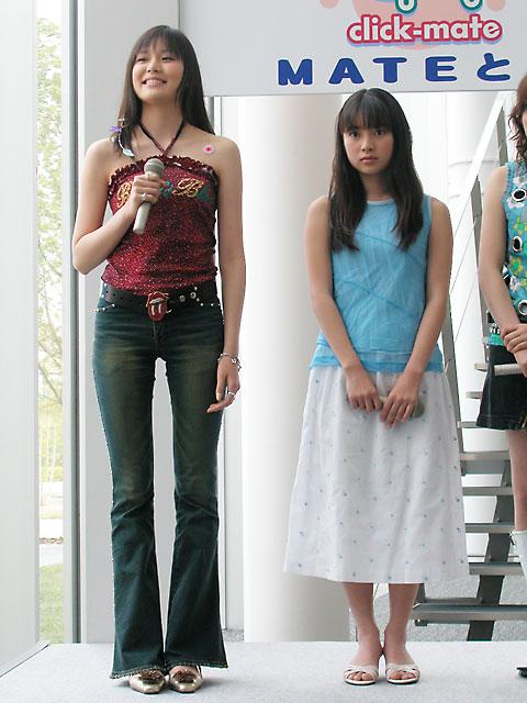 幼い頃から背が高くてスレンダーな神崎詩織