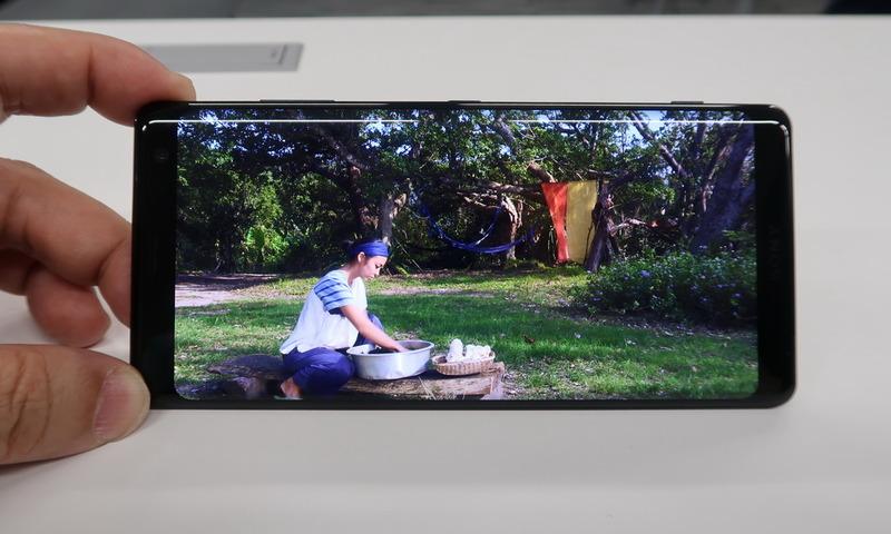 video o - 【スマホ】「Xperia XZ3」発表 有機ELディスプレイで狭ベゼル★3