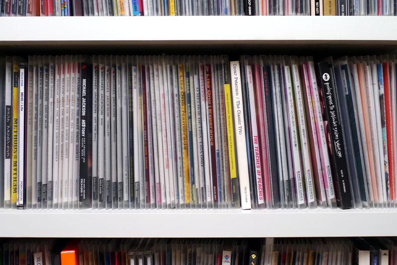 [画像]CDやDVDを圧縮的に収納できるメディアパス(15/24) - ケータイ ...